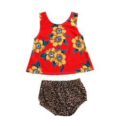 Maglia di leopardo dei capretti online-Baby Girls Outfits Set Estate 2018 Cute Kids Abbigliamento Ragazza Flower Stampa Tops Vest + Leopard Shorts 2 PZ Ragazze Set Suit Vestiti per bambini