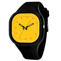 SYNOKE Ragazzi studenti Colorful Band Watch impermeabile Sport verde quadrante dell'orologio Donne di marca Unico cinturino in silicone Data orologio da polso 66895 da