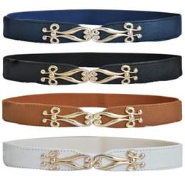 2019 cinturones delgados de oro Cinturón de cintura con correas elásticas correas de oro de la hebilla del metal del oro fino nuevo cinturones delgados de oro baratos