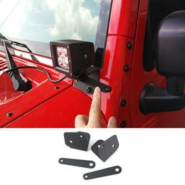 Jeep universal online-Coche Universal LED luz de trabajo A Pilar Capucha Soporte de montaje Base de hierro para Jeep Wrangler JK 2007-2017 Auto Exterior Accesorios