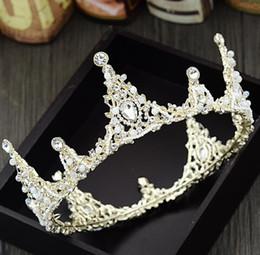 Wholesale bridal golden crown - Bridal hand round crown, golden Beaded Hoop headwear, wedding dress accessories, Princess fashion accessories