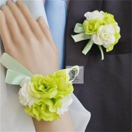 Wholesale Wedding Bridesmaid Hand Accessories - Bride Bridesmaid Hand Wrist Flower Best Man Wedding Boutonniere Groom Godfather Brooch Corsage Accessories Supplies New