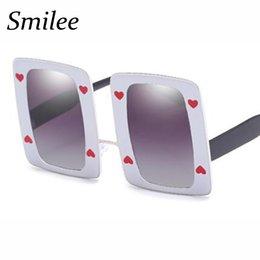 5aaf6e8e57 8 Fotos Compra Online Gafas de sol corazón blanco-gafas de sol cuadradas de  gran tamaño vintage