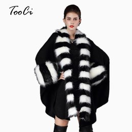 Wholesale thick warm poncho coats - Autumn winter fashion warm 2 colors women loose poncho causal cloak long knitted cardigan fake fox fur collar shawl coats