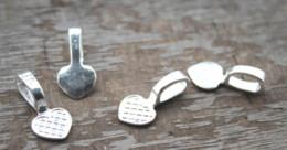 Connettore bail online-30pcs - Catenina per ciondoli in bronzo placcato cuore cabochon con pendente 21x10mm