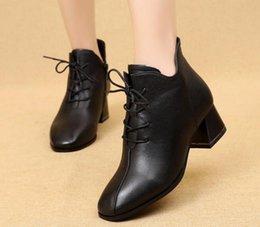 Argentina Zapatos antideslizantes Botas con cordones de moda Botas para mujer de invierno Botines con cremallera Calzado para mujer Negro Suministro
