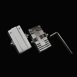 2019 herramientas de selección segura Universal Clave Máquina Fixture Clamp Parts Cerrajería Herramientas Para Copia de clave Duplicar Cortadora Máquina para llaves especiales de coche o casa 2 Unids / set
