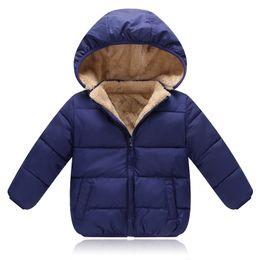 Canada 2018 Nouveaux Enfants Manteau Manteaux D'hiver Garçons Filles Loisirs Sport Vestes Infantile Bébé Chaud Parkas Épaissir Enfants Vêtements À Capuchon cheap infant sports clothing Offre