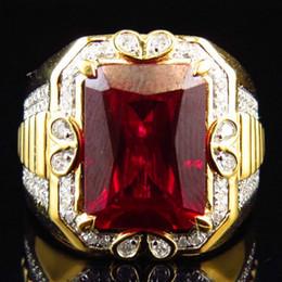 grandes anéis de pedra para homens Desconto Lindo Masculino Grande Anel de Pedra Vermelha Moda 18KT Anel De Ouro Amarelo Cheio Anéis De Noivado Do Casamento Do Vintage Para Homens