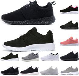 wholesale dealer 3aa55 e9171 nike roshe run one New Run tanjun 3.0 triple noir blanc Rouge gris Homme  Femme chaussures de course London 1.0 Olympic Runs chaussures de sport  chaussures ...