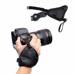 Kamerahandgriffgurt online-Kameragurt handgelenk handschlaufe strap grip für nikon d7100 d5500 d5300 d3200 d3300 d7100 d610 d600 für sony pu leder slr dslr