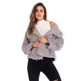 Argentina 2018 Casual Otoño Abrigo Prendas de abrigo Mujeres Gris Faux Fur Otoño Invierno Moda Streetwear Grandes tamaños Corto corto femenino cheap short gray fur Suministro