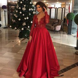 Wholesale Vestidos Plus Size Prom Dresses - 2018 Red Evening Dresses Plunging Long Sleeves Lace And Satin A-Line Prom Gowns Back Zipper Custom Made Vestidos De Noiva With Sash
