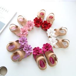 2e469774751b8 2018 Nouvelles Filles Solide Coréenne Style Fleur Princesse Sandales Mignon  Mode Enfants Chaussures D été Plage Enfants Chaussures Chaussures Pour ...