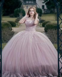 2019 robe de soiree Princesse Rose Robe De Bal Tulle Quinceanera Robes 2018 Cap Manches Paillettes Perlée Longueur De Plancher Corset Retour Sweet 16 Robes De Bal robe de soiree pas cher
