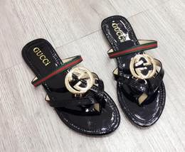 2019 zapatos de boda de playa negro pisos 2019 ggggbrand Sandalias de mujer de talla grande Zapatillas con flecos Deslizantes Moda de verano Plana resbaladiza con sandalias gruesas Zapatilla Flip Flop