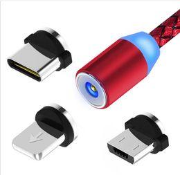 Cable de carga magnético LED desmontable 3 en 1, cargador USB con imán con conexión de 360 ° Enchufes redondos Tipo micro USB Tipo C Cable de nylon desde fabricantes