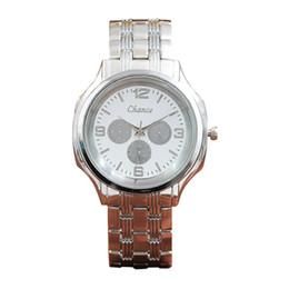 мужчина смотреть золотой цвет Скидка Мужские женские наручные часы Металлический браслет металлический круглый Кварцевые браслеты Золотой цвет Кристалл Бриллиант Золотые часы дропшиппинг новый