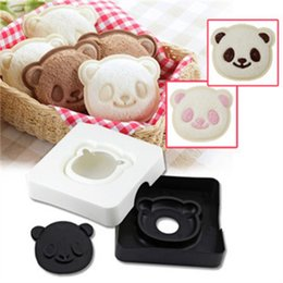 Macchine per pane online-Sandwich Mold Panda Bread Machine Produttore Sorriso di plastica Toast Cake Box West Point Pocket pane cottura stampo 5zh V