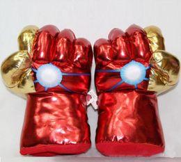 2019 caixa de brinquedos hulk 1PAIR = 2 PCS bonito macio de pelúcia The Avengers Spiderman / Hulk brinquedo da luva do punho de boxe, criativo presente de aniversário de formatura para crianças desconto caixa de brinquedos hulk
