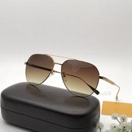 Lunettes de soleil pilotes de luxe à vendre pour femmes ? partir de fabricateur