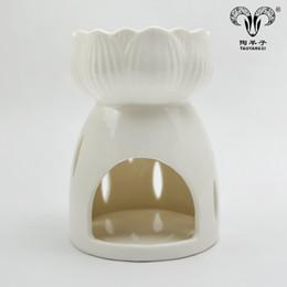 candelabri di nozze bianchi Sconti 2018 Nuovo design A buon mercato ceramica decorativa candela di loto bianco candela scaldabagno spina in bruciatore di olio di cera