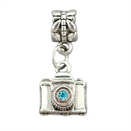 Wholesale Camera Pendant Charm - Rhinestone Camera Pendant Metal Alloy Pendant Necklace Fashion charm DIY Handmade Jewelry Gifts For Women