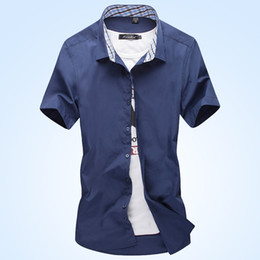 a3f07f8b454 The 2018 summer new men s dress shirts are stylish and slim and casual  short sleeve shirts will be worn as business dress
