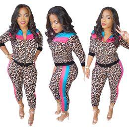 il yoga passa il leopardo Sconti Leopard 2 pezzi set completi donna giacca Capri set pantalone tuta patchwork cappotto tuta sportiva felpe leggings sport sportswear 374