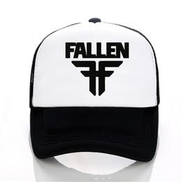 Berretto da baseball della fascia di caduta Cappello delle donne di estate degli  uomini delle maglie di Trucker dei cappucci regolabili di rete bd02a325e549