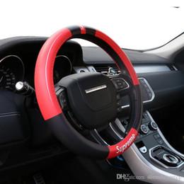 Auto rodas on-line-Couro PU Universal Tampa Da Roda De Direcção Do Carro 38 CM Car-styling Esporte Auto Volante Cobre Anti-Slip Acessórios Automotivos