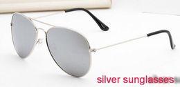 2019 gafas de sol de china 2018 plata 58mm estuche china de moda de lujo a estrenar Lente de cristal Hombres Mujeres piloto Gafas de sol Sport Gafas de sol Con caja gafas de sol de china baratos
