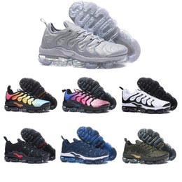 2019 chaussures tn Nike Air Max Vapormax TN PLUS air TN Plus Hommes Femmes Chaussures de luxe de course Olive Blanc Argent Noir Colorways Pack Triple Black Hommes Sport Designer Sneakers promotion chaussures tn