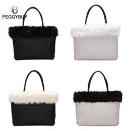2019 gros sacs à fourrure Fourre-tout élégants à la mode en cuir à carreaux avec épaule gros sacs à fourrure pas cher