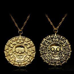 Colares de estilo pirata on-line-Estilo quente filme acessórios piratas, mal colar de moeda de ouro dos homens colar de pingente de colar de caveira, frete grátis.