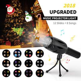 2019 lumières d'enfants à piles Musique LED Projecteur lampe de poche 8 chansons à piles 12 diapositives LED lumières décoratives lampe de poche à main pour enfants fête de noël lumières d'enfants à piles pas cher