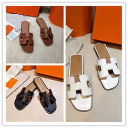 Wholesale classic room design - 2018 new woman slippers Classic style Summer Flip Flops Fashion Design slipper flip-flops high quality size 35-42