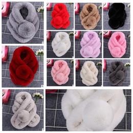 Pompones de piel sintética online-12 colores Faux Rabbit Fur Bufanda Collar Invierno Cálido Pompón Bufanda de Invierno Femenina Sólida Bufandas de piel KKA5926