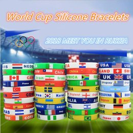 Wholesale Wholesale Sports Souvenir Gifts - 2018 Russia World Cup Silicone Bracelets with National Flags Sports Wristband Football Fans Silicone Bracelet Souvenir Gift