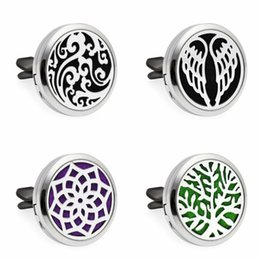Wholesale Angels Clips - Angel Wing Essential Oil Car Vent clip Air Freshener Diffuser Locket Car Aromatherapy Perfume Locket with 10pcs free pads