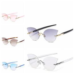 Wholesale transparent glasses rimless - Women Transparent Ocean Lens Sunglasses Ocean Piece Frameless Rimless Pearl Nose Clip Decoration Sunglasses Vintage Shape Glasses LJJO4743