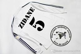 Ronaldo camisa manga longa real madrid on-line-Frete grátis 2002 real madrid campeão liga final de mangas compridas camisas de futebol zidane carlos raul ronaldo hierro solari figo camisas velhas