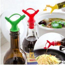 Wholesale Plastic Sauce Bottles - Double Oil Bottle Mouth Stopper Plastic Sauce Bottles Nozzle Caps Wine Stopper Pour The Liquid Guiding Device Kitchen Tool KKA3798