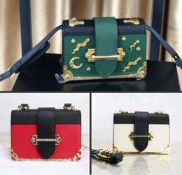 Wholesale Real Leather Satchel Handbags - 2018 Women Fashion Bags Real Leather P Style Ladies Shoulder Cross Body Bags Handbags 20CM Gold Red Crystal Casual Evening Party Bags