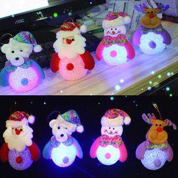 ha portato chiaro pupazzo di neve Sconti Addobbi natalizi con pupazzo di neve di Natale Babbo Natale Cervo Orso luce di notte di cristallo di riso pupazzo di neve albero di natale luci pendenti