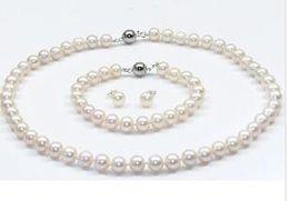 2 rangées 8-9 mm Naturel Noir//Blanc Akoya Cultured Pearl 14K Fermoir Plaqué Or Collier