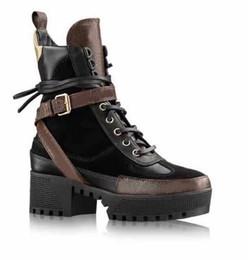 botas de invierno de motos de tobillo Rebajas Otoño Invierno Mujeres Motocicleta Boots plataforma cuña talón Botas Mujer bordado patchwork diseño de la marca de cuero real Botas de tobillo zapatos femeninos