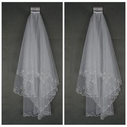 Wholesale Cheap Bridal Veils Ivory Beaded - Wholesale Cheap Bling Bling 2018 Bridal Veil With Comb Beading Formal Wedding Veil White Ivory Formal Short 1.5M