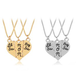 """Wholesale Family Specials - 3Pcs set Lettering """"Little Sis MOM Big Sis"""" Love Heart Pendant Necklace For Mother Daughters Simple Special Gift Family Jewelry"""