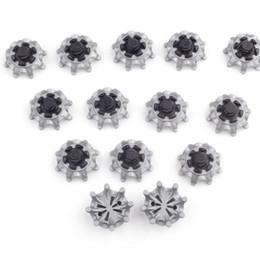 Disegno del chiodo facile online-Shoe Pin Easy Replacement Thintech Spikes Scarpe da golf Design accattivante Argento grigio nero Chiodo rotante Vendita calda 1fl V